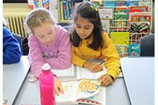 Reader's workshop is an important element of Lyneham Primary School's literacy program